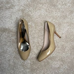 Coach Nala Heel in Nude Patent Leather Size 8